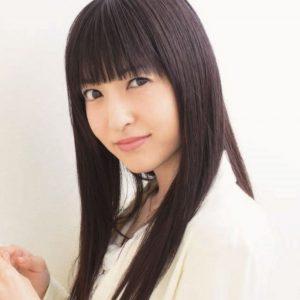 黒髪の神田沙也加さん