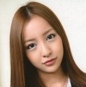板野友美 現在 顔 崩壊 シリコン 放送中 飛び出す 画像